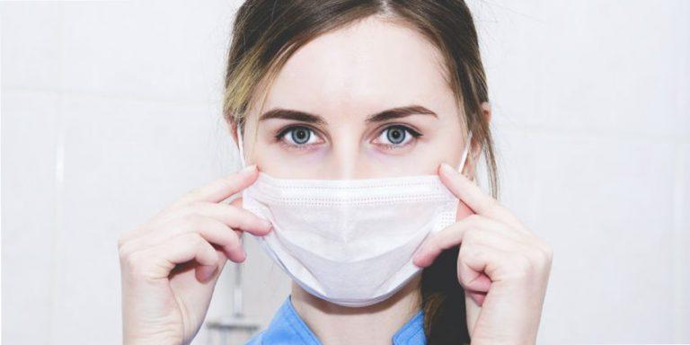 tips-om-de-huid-onder-het-mondkapje-gezond-te-houden